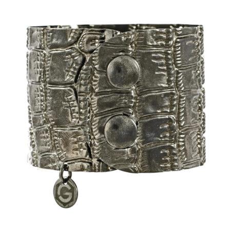 Armband Atelier Kroko in Sterling Silber 925/000 schwarz rhodiniert, mit Druckknopf Verschluss. Breite: 45 mm