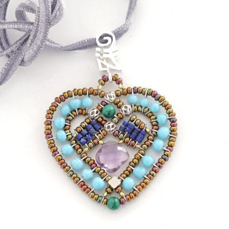 """Anhänger """"Coeur"""" Blu, mit Amethyst, Türkis, Lapis Lazuli, Malachit, Muranoglas Beads und Silber"""
