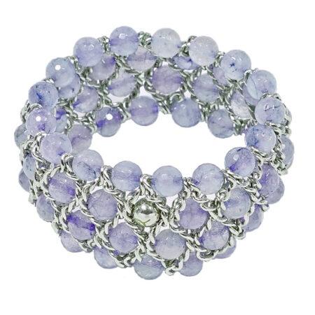 Damen Armband mit facettierten blauen Quarz Perlen. Weissgold