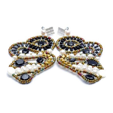 Ohrringe mit Perlen, Hämatit, Spinell, Brass, Murano Beads und Sterling Silber 925/000.